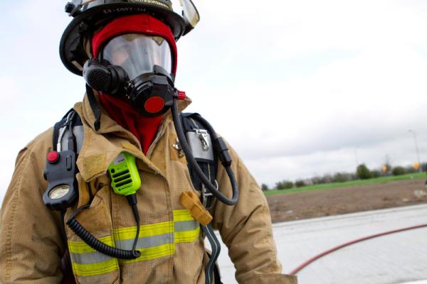 government-public-safety_na_houston_fire_fireman_6955_juan-martinez-resized-600.png